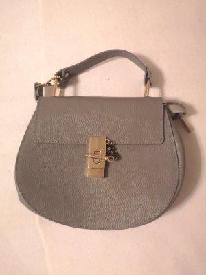 nagelneue handtasche tasche bag mit umhängegurt umhängetasche grau