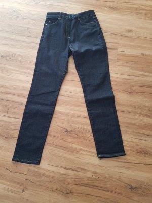 Nagelneue Jeans Marke Stefanel