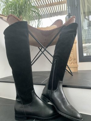 Nagelneue Leder-Overknee Stiefel