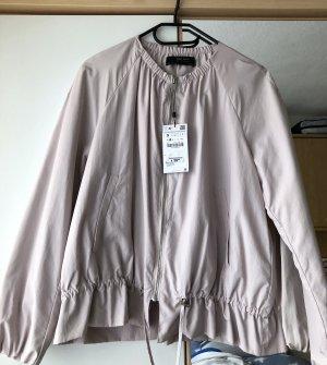 Nagelneue leichte Jacke mit Etikett von Zara Größe S in rosé / flieder !!
