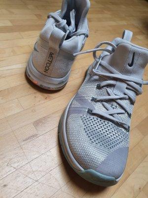 Nagelneue Nike Metcon Flyknit, Gr. 38