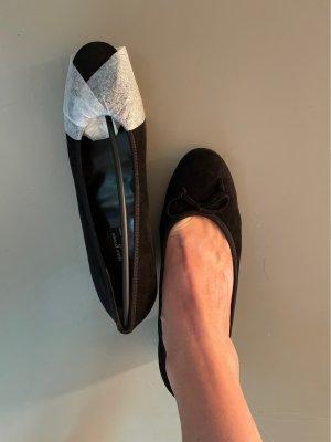 Paul Green Classic Court Shoe black leather