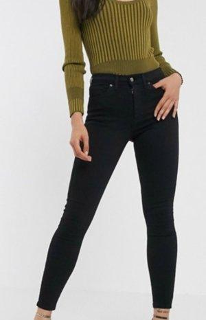 Nagelneue schwarze High Waist Jeans