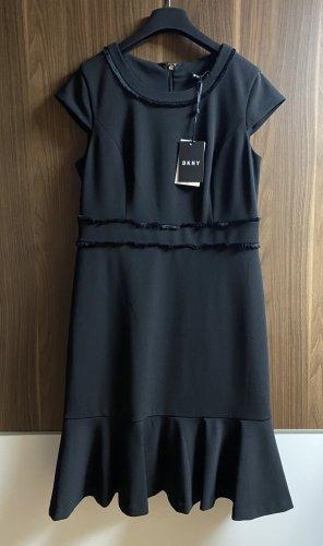 Nagelneues DKNY Kleid
