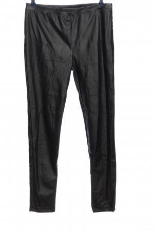Nakd Pantalón de tubo negro look casual