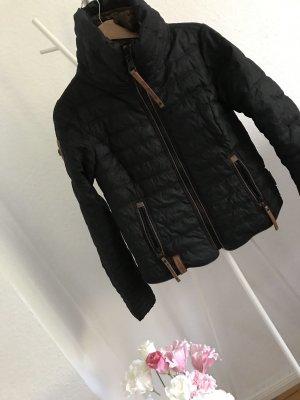 Naketanojacke Winter, S
