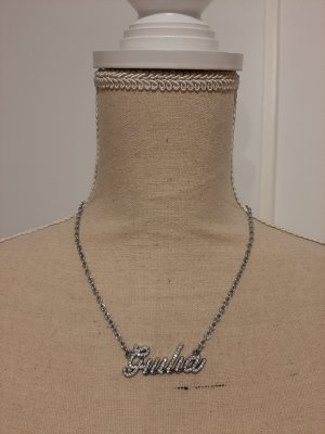 Collar con nombre color plata