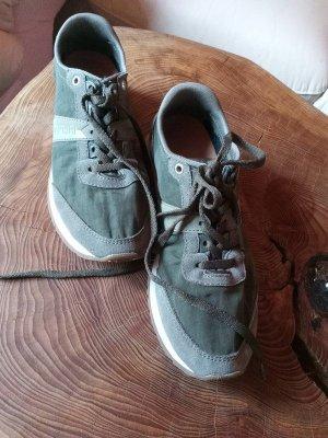 Naoapijri Sneakers