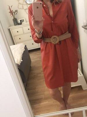 Robe en cuir orange foncé