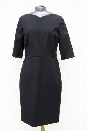 Narciso Rodriguez Kleid schwarz 3/4 Arm Herzausschnitt