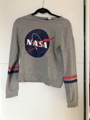 NASA Pulli