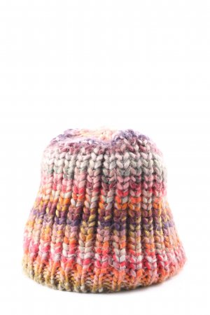 Natura Crochet Cap allover print casual look