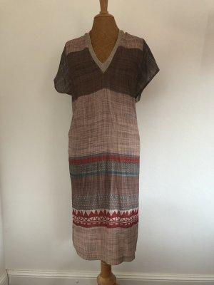 Naturfarbenes Kleid