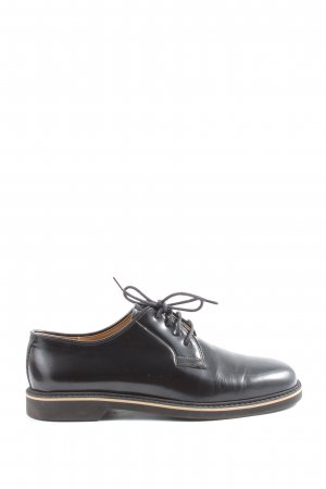Navyboot Oxfords black casual look