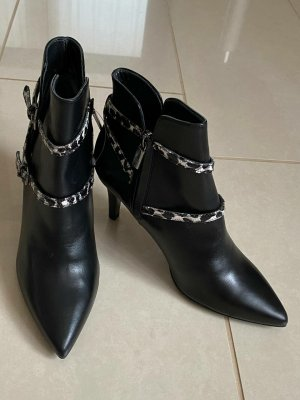 Navyboot Ankle Boots black leather