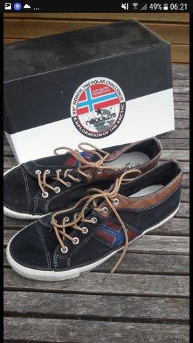 Nebulus Schuhe