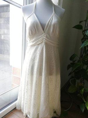 Vestido de cuello Halter crema
