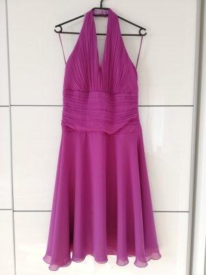 Vestido de cuello Halter violeta