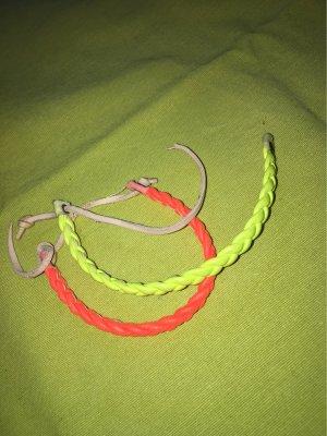 Neon Armbänder !