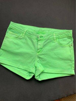 Neongrüne Hot Pants