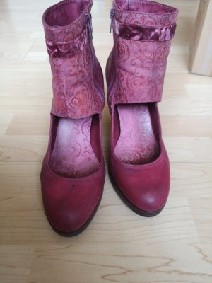 Neosens Cut Out Booties purple leather
