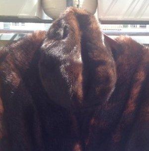 Futrzana czapka brązowy