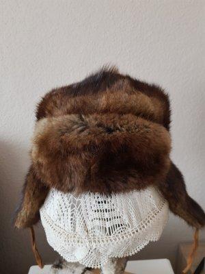 Cappello in pelliccia marrone-grigio-marrone-nero