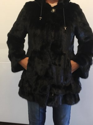 Manteau de fourrure brun foncé-brun noir