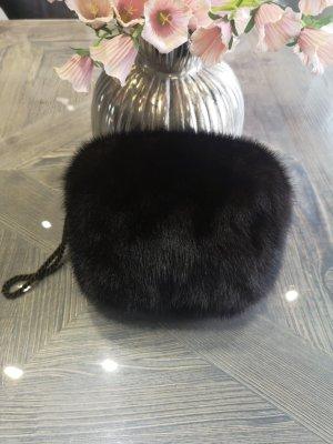 Guanto di pelliccia marrone scuro