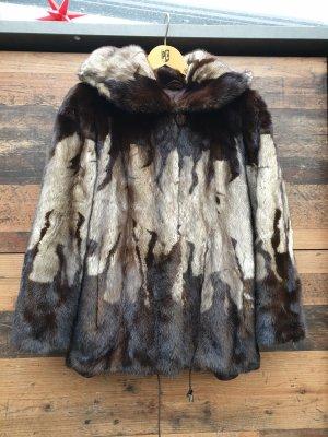Veste de fourrure marron clair-brun
