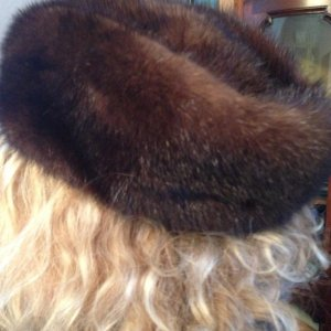 Fur Hat dark brown pelt