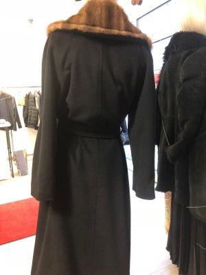 Floor-Lenght Coat black-brown