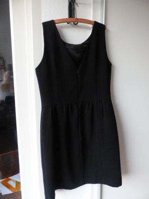 nettes, schwarzes Sommerkleid