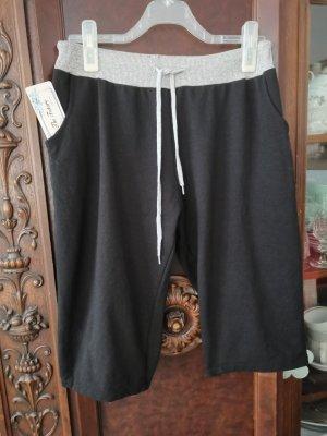 FUTURE PAST Pantalón pirata negro-gris claro