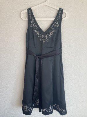 *Neu* A-Linien Kleid, mit silberner Stickerei, glänzendes Anthrazit, Gr. 40
