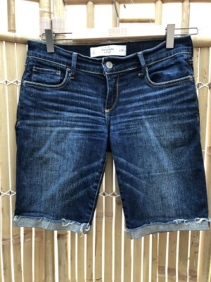 Neu Abercrombie & Fitch Shorts Gr. 34