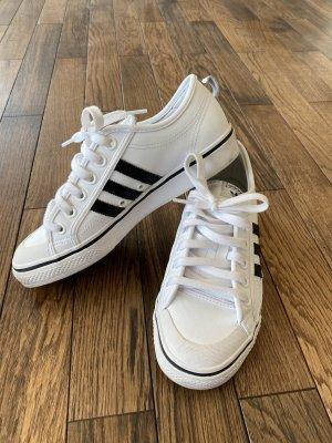Adidas Sneaker stringata nero-bianco Pelle