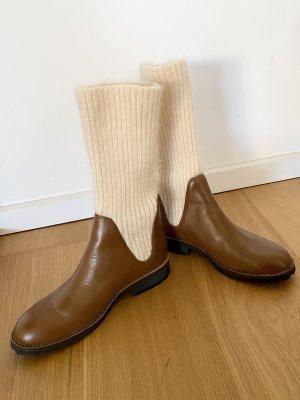 Neu! Beautiful Boots