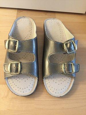 NEU | Bequeme Pantoffeln in Dunkelsilber