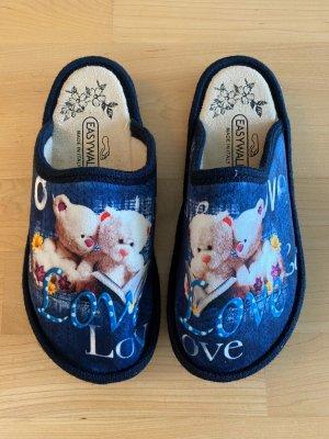 NEU | blaue Pantoffel mit süßen Bärchen