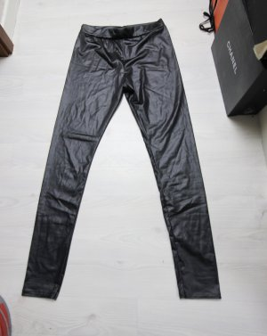 Boohoo Spodnie z wysokim stanem czarny
