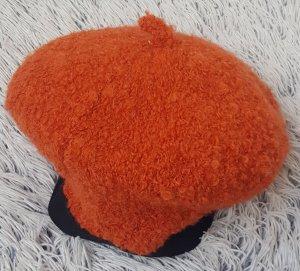 Béret orange foncé