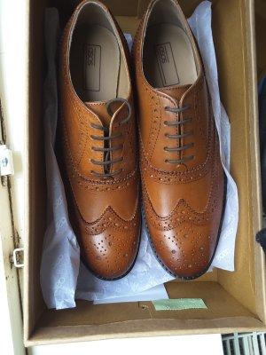 Asos Shoes Scarpa a coda di rondine cognac Pelle