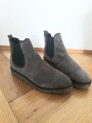 """NEU - """"Chelsea Boots aus Leder"""" von PIER ONE, Gr. 40"""