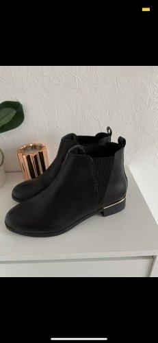 NEU Chelsea Boots / Primark