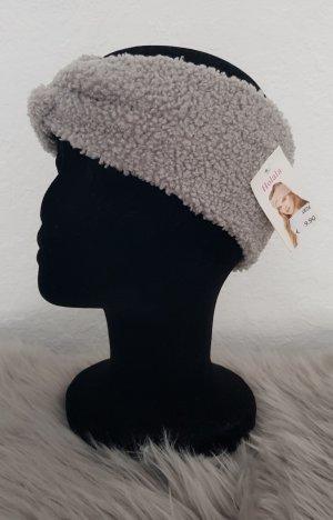Chapeau en tissu gris clair