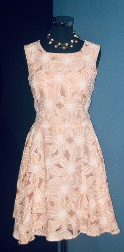 """NEU """"Ditzy"""" Kleid von Apricot"""