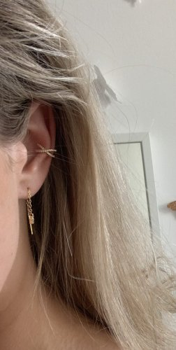 Earclip gold-colored