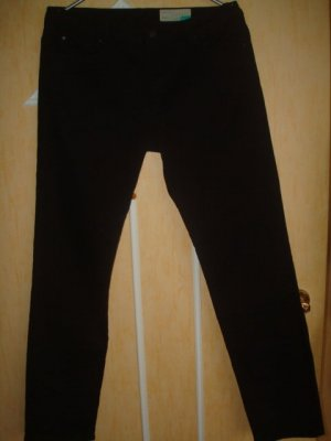NEU - ESPRIT 33 W/32L Straight schwarze Jean