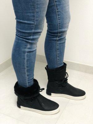 Esprit Short Boots black-white
